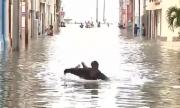 """Thủ đô Cuba hóa """"bể bơi khổng lồ"""" vì bão Irma"""