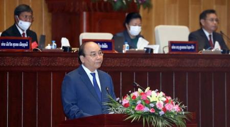 Chủ tịch nước Nguyễn Xuân Phúc: Cùng nhau, Việt Nam-Lào...